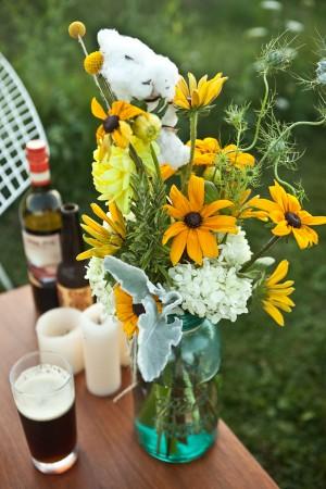 Wildflowers-in-Mason-Jar