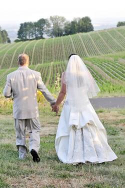 Wine-Country-Farm-Oregon-Wedding-Deyla-Huss-Photography-21