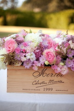 Wine-Crate-Centerpiece-Purple-and-Pink
