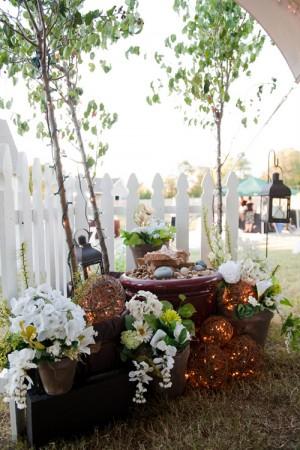 Backyard-Nashville-Wedding-Joe-Hendricks-Photography-14