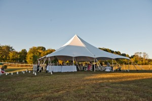 Backyard-Nashville-Wedding-Joe-Hendricks-Photography-15