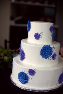 Blue-Dahlia-Wedding-Cake