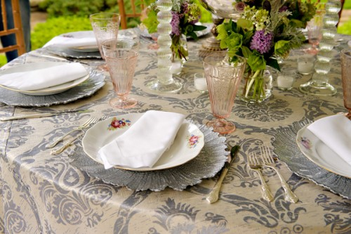 Blue-and-Pink-Rustic-Tablescape