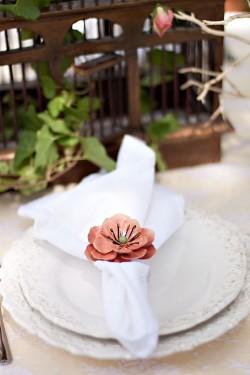 Ceramic-Flower-Napkin-Ring