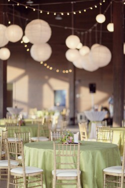 Champagne-and-Gold-Reception