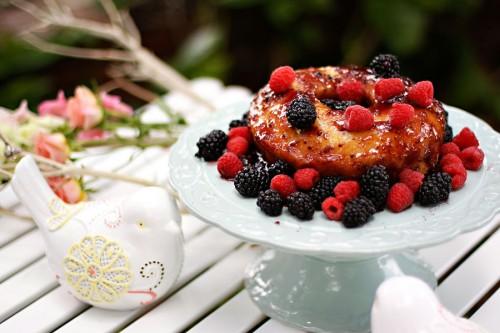 Lemon-Berry-Cake
