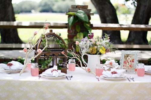Pink-Garden-Wedding-Table