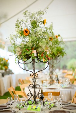 Sunflower-Centerpiece-Candelabra
