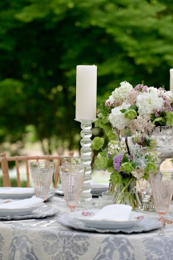 Upscale-Farm-Wedding-Inspiration