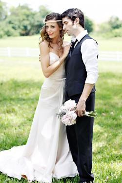 Vintage-Pink-Garden-Wedding-Ideas-03