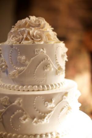 White-Wedding-Cake