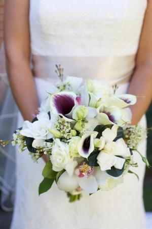 White-and-Purple-Calla-Lilly-Bouquet