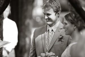 bride_groom_black_white_wedding