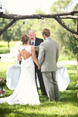 bride_groom_at_alter