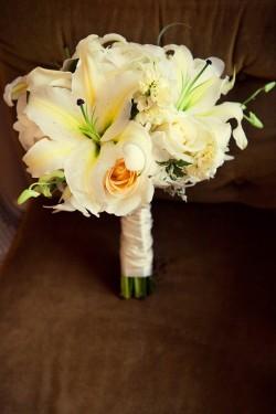Creamy-White-Bouquet