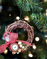 DIY-Wreath-Christmas-Ornament1