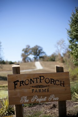 Front-Porch-Farms-Tennessee-Wedding