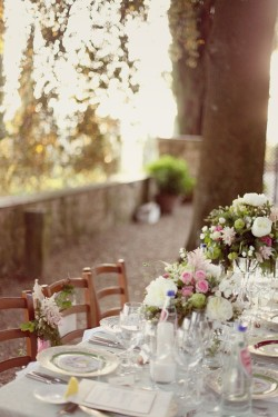 Green-and-Pink-Garden-Wedding-Reception