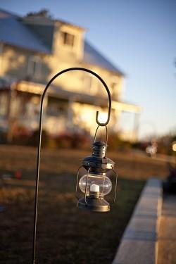 Hanging-Lantern-Shepherds-Hook