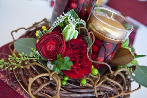 Holiday-Cranberry-Holly-Wreath-Centerpiece-8