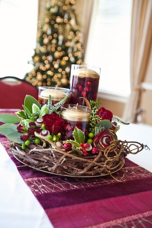Holiday-Cranberry-Holly-Wreath-Centerpiece-9