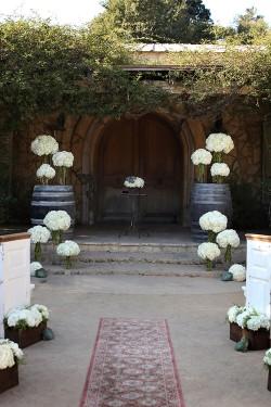 Hydrangea-Aisle-Decor