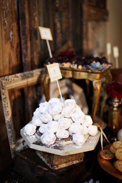 Mexican-Wedding-Cakes