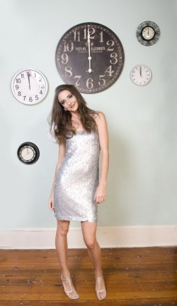 Navy-and-Silver-New-Years-Eve-Ideas-11