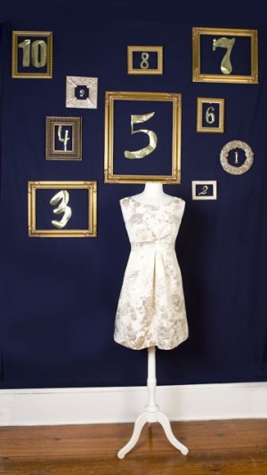 Navy-and-Silver-New-Years-Eve-Ideas-15