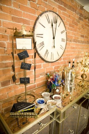 New-Years-Eve-Wedding-Party-Ideas-11