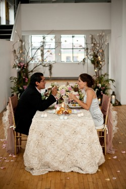 Pink-and-Ivory-Sweetheart-Table