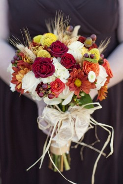 Red-and-Orange-Fall-Bouquet