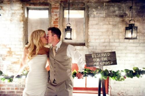 Redlands-Wedding-Mitten-Building-Flutter-Glass-Photography-14