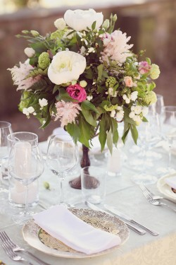 Romantic-Pink-and-Green-Centerpiece