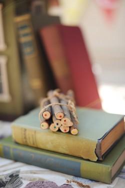 Rustic-Book-Wedding-Decor