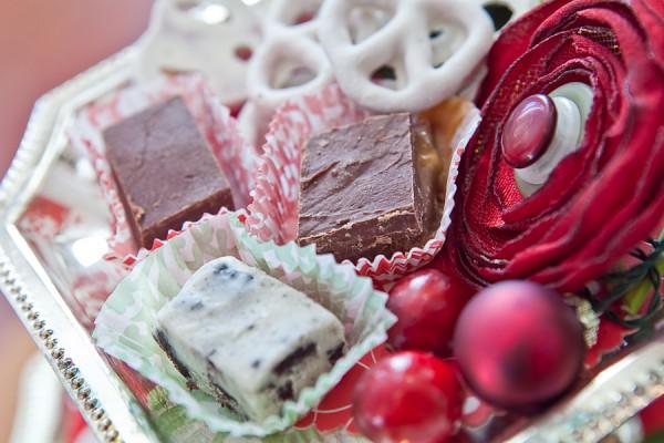 Tiered-Dessert-Tray