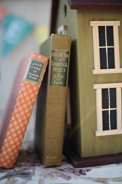 Wedding-Decor-Books