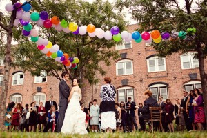 Balloon-Garland-Wedding-Ideas