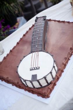 Banjo-Grooms-Cake
