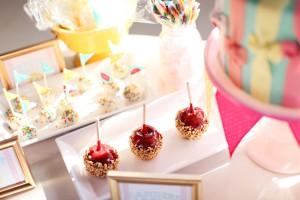 Candy-Apples-Dessert-Bar