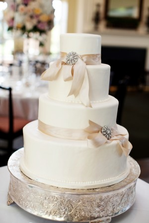 Classic-Wedding-Cake-with-Pink-Ribbon