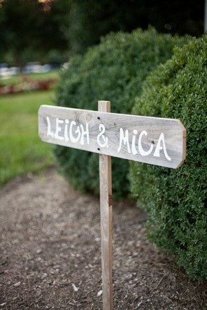 Hand-Painted-Wedding-Sign