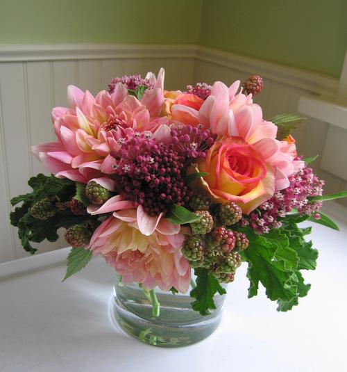 Housemartin-Blackberry-Floral-2