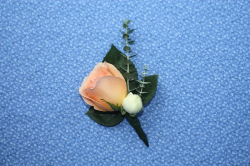 How-to-Make-a-Boutonniere-13