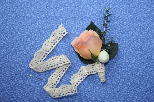 How-to-Make-a-Boutonniere-14