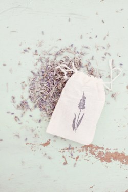 Lavender-Toss-Favors