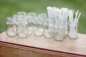 Mason-Jar-Drink-Display