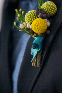 Modern-Billy-Button-Boutonniere