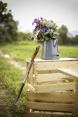 Rustic-Farm-Wedding-Table-13
