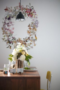 Vintage-Modern-Wedding-Decor